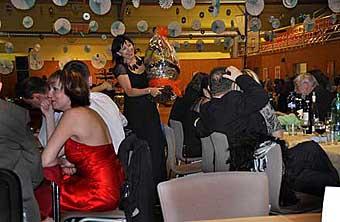 Školní ples - ilustrační foto...