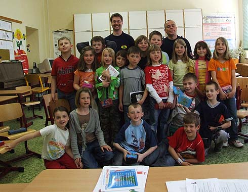 Moc děkujeme hasičům Kamilovi a Tondovi ...