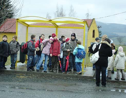 Veselé čekání na autobus do Krnova ...