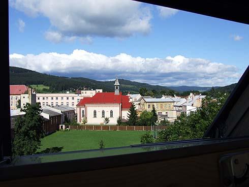 Nový výhled ze školy ...