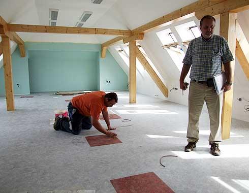 Stavební dozor je přísný ...