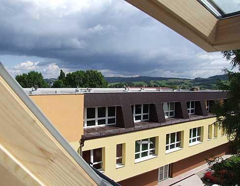 Nový pohled na novou budovu školy ...